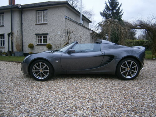 2002 LOTUS ELISE 111S  ONE OWNER  LOW MILEAGE  SUPERB**SOLD** For Sale (picture 1 of 6)