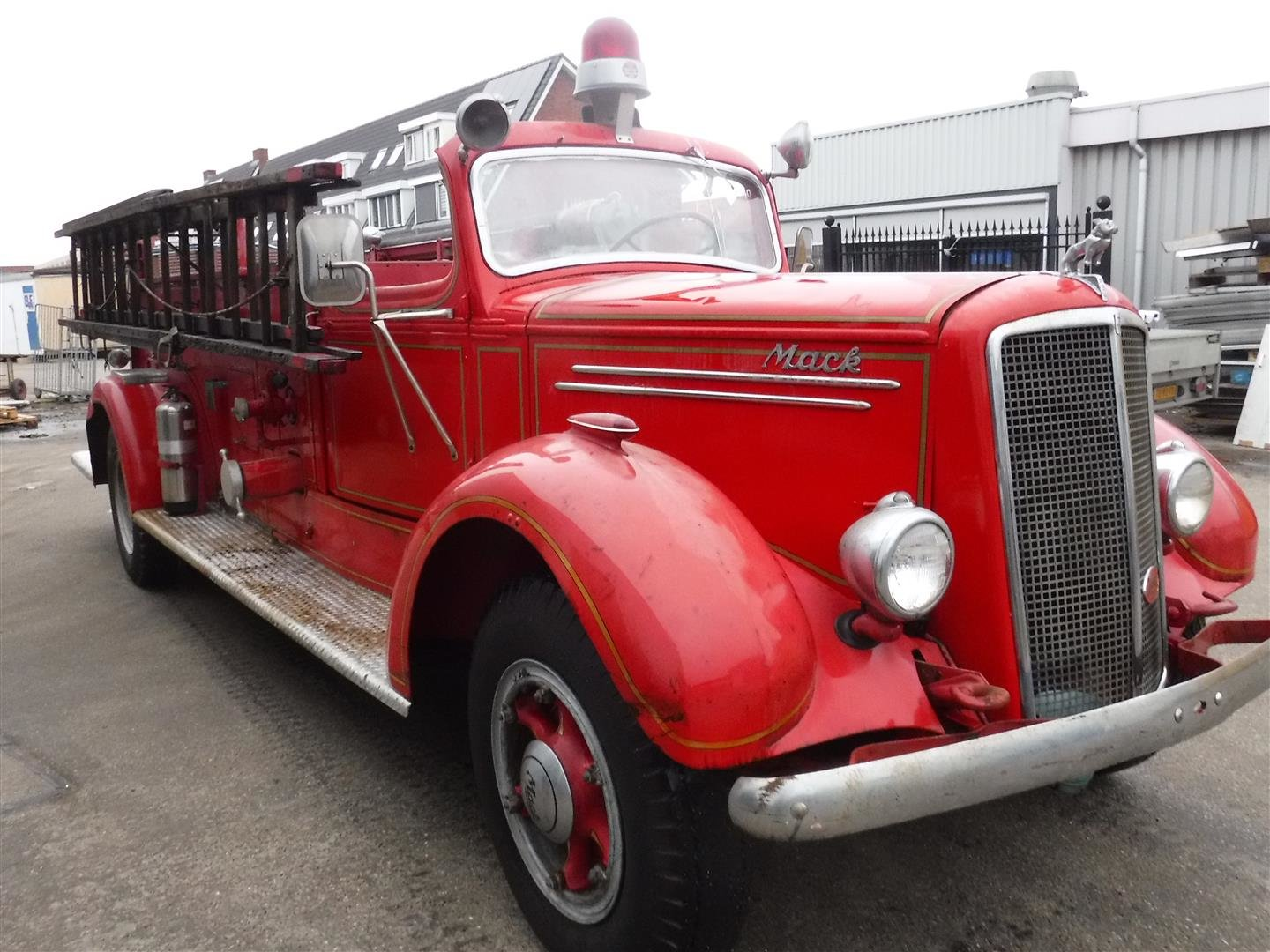 Mack Firetruck type 75 1947 For Sale (picture 2 of 6)