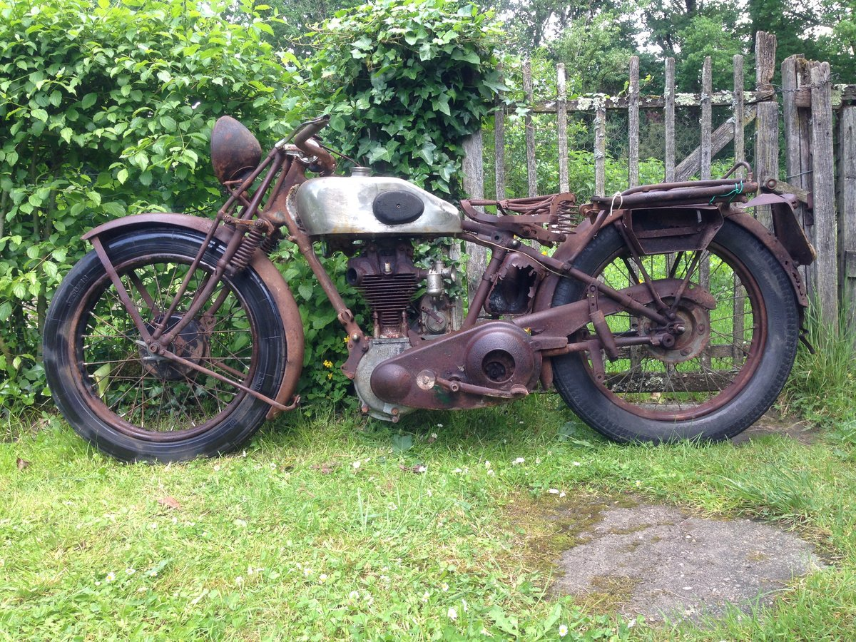 1390 Magnat debon type mosse  For Sale (picture 2 of 6)