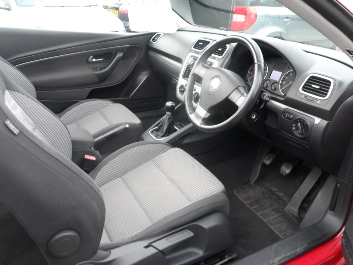2007 V/W CC CONVERTIBLE  2LTR 6 SPEED MANUA  NEW MOT GOOD DRIVER  For Sale (picture 4 of 6)