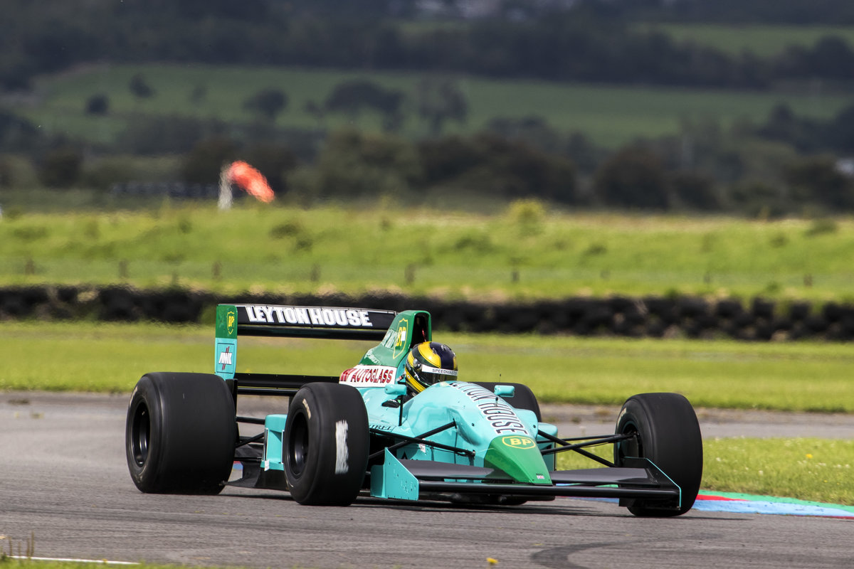 1990 March Formula 1 Leyton House CG901 For Sale (picture 2 of 11)