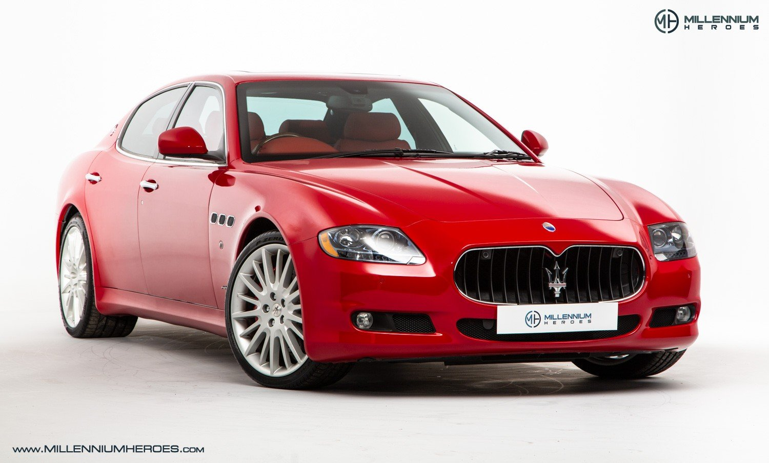2010 MASERATI QUATTROPORTE 4.7 GTS // SPECIAL PAINT ROSSO MONDIAL For Sale (picture 2 of 6)