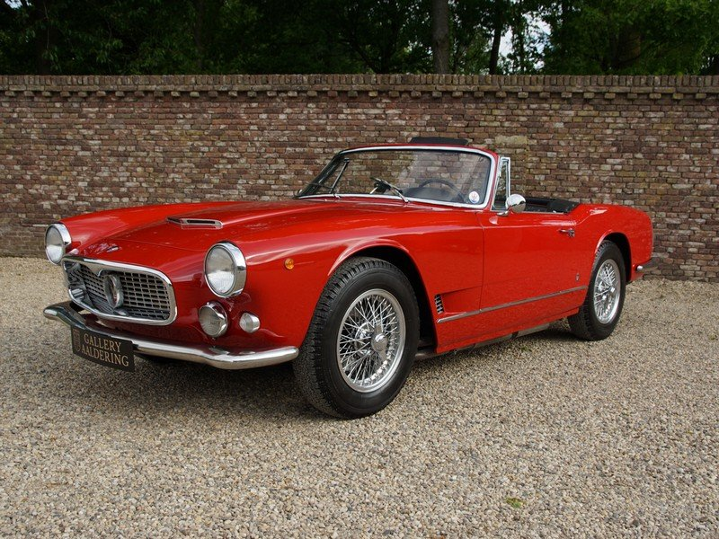 1961 Maserati 3500 GT Vignale Spyder matching numbers, only 242 m For Sale (picture 1 of 6)