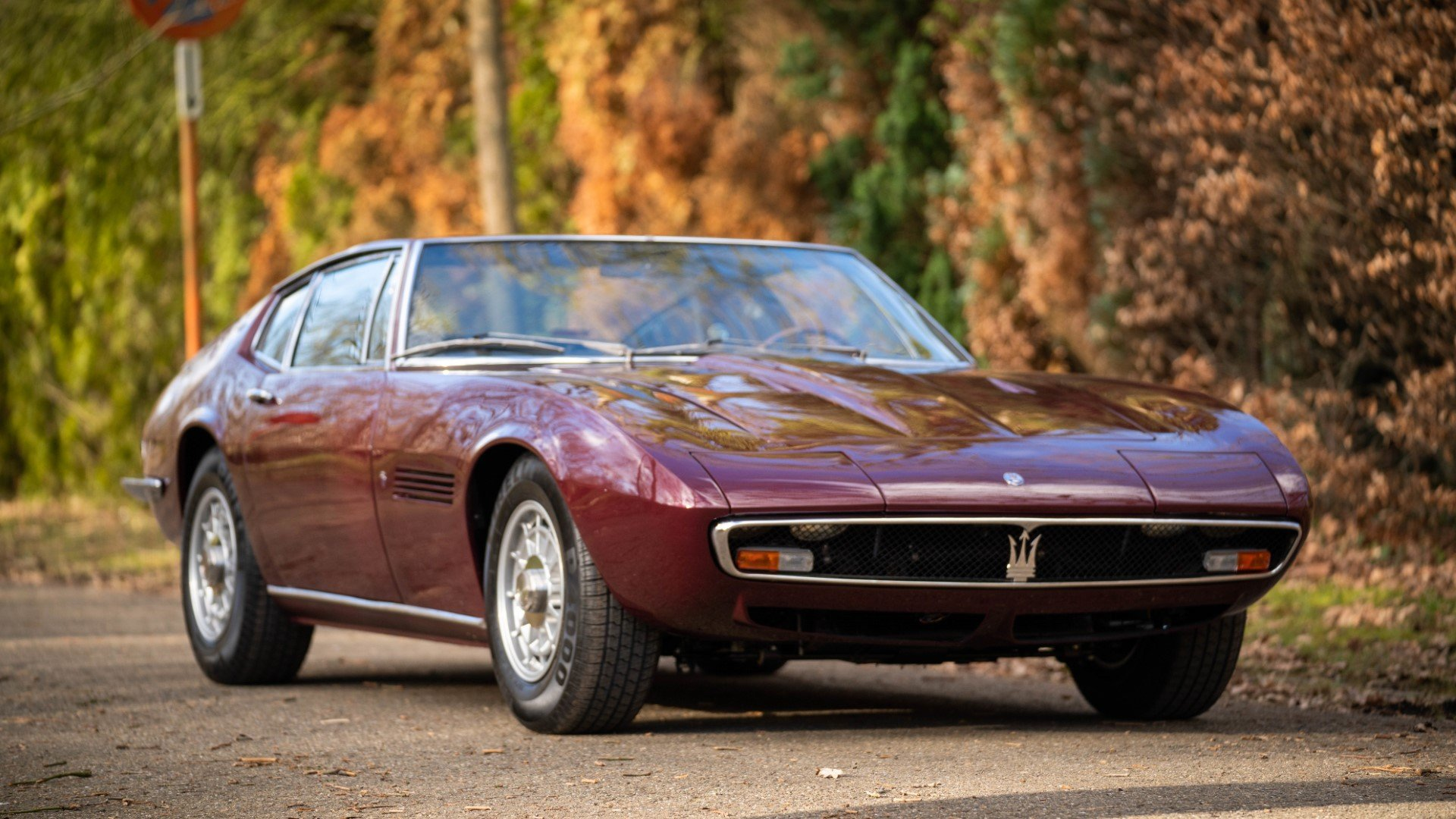 MASERATI GHIBLI Coupe superb restoration (1968) For Sale (picture 1 of 6)