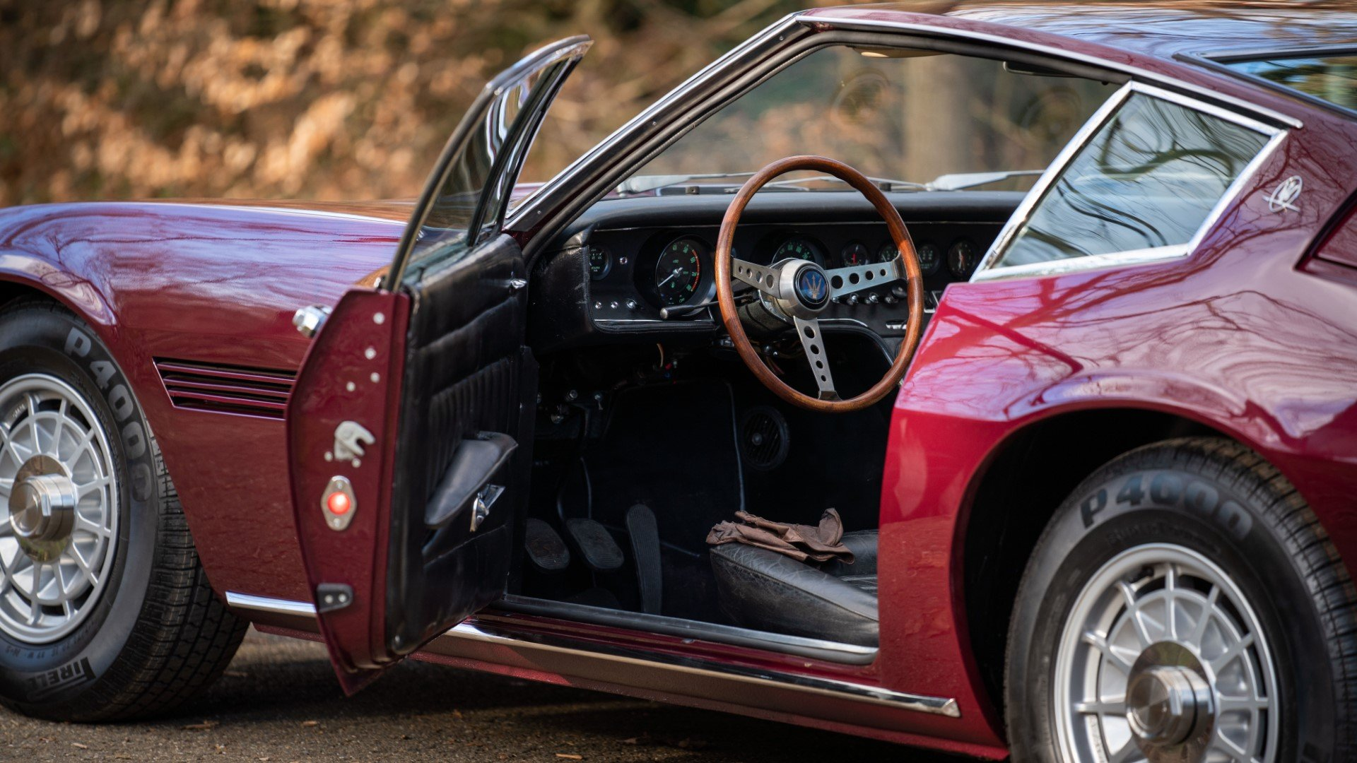 MASERATI GHIBLI Coupe superb restoration (1968) For Sale (picture 3 of 6)