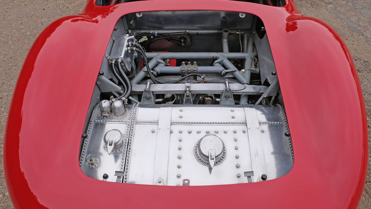 1957 Maserati 300S Long-Nose Fantuzzi Spyder = Rare Race Car For Sale (picture 5 of 6)