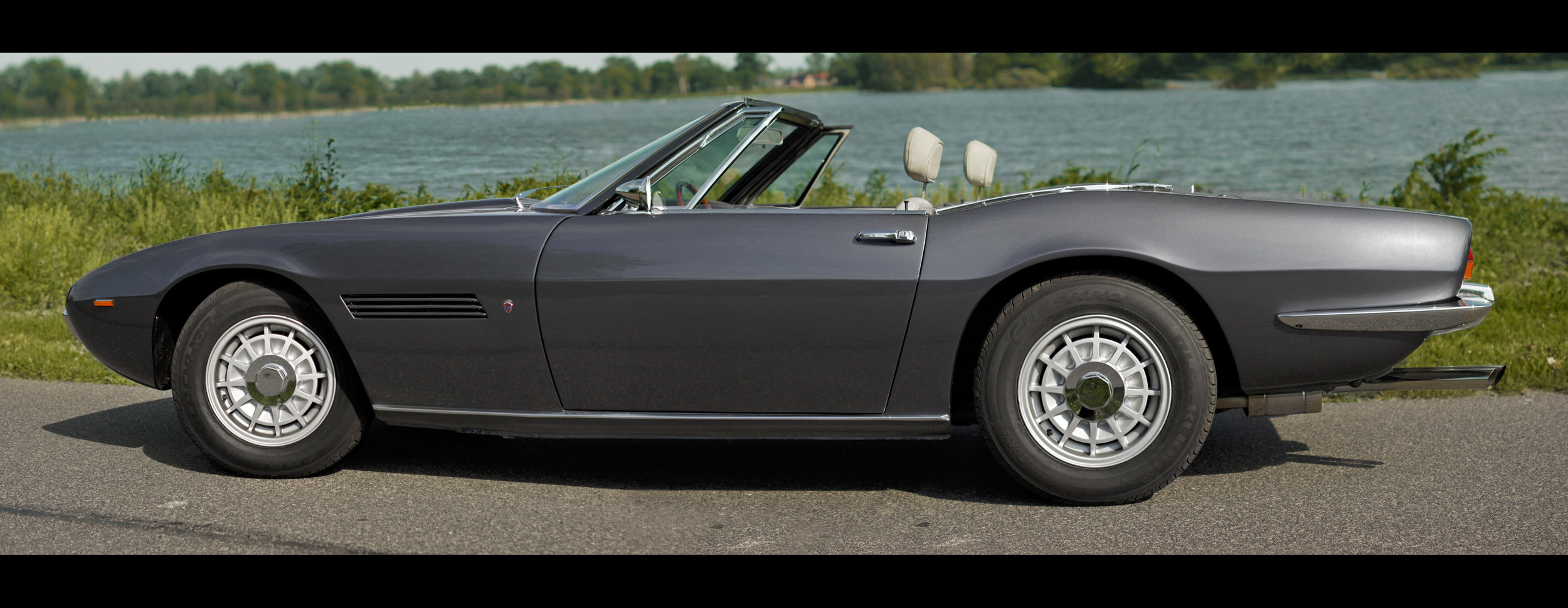 1971 Maserati Ghibli Spyder Conver.- frame off restored For Sale (picture 3 of 6)