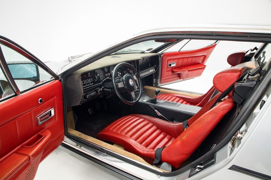 1977 Maserati Bora Coupe 4.9 only 11k miles Silver $184.5k For Sale (picture 3 of 6)