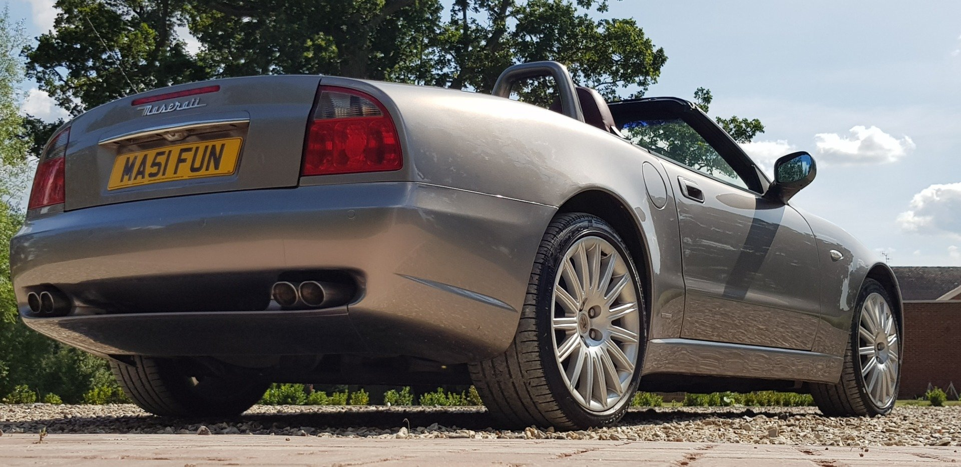 2002 very  low  miles  fsh  simply  stunning  and  sought after   For Sale (picture 4 of 6)
