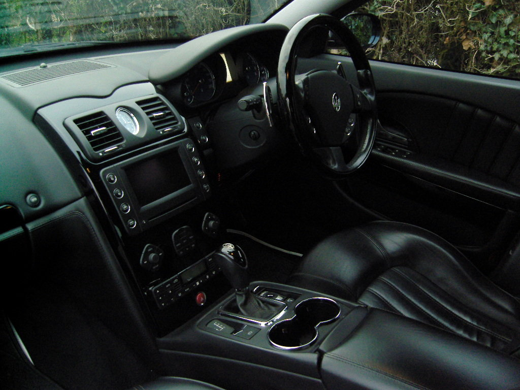 2008 MASERATI QUATTROPORTE 4.2 V8 AUTO ***FSH, FERRARI ENGINE*** For Sale (picture 5 of 6)