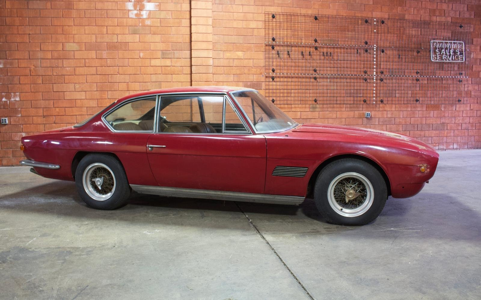 1962 Maserati Mexico Prototype Vignale for restoration For Sale (picture 2 of 6)