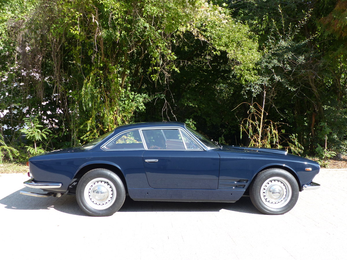 1963 Fantastic Maserati Sebring Mk1, dark-blue, red leather For Sale (picture 3 of 6)
