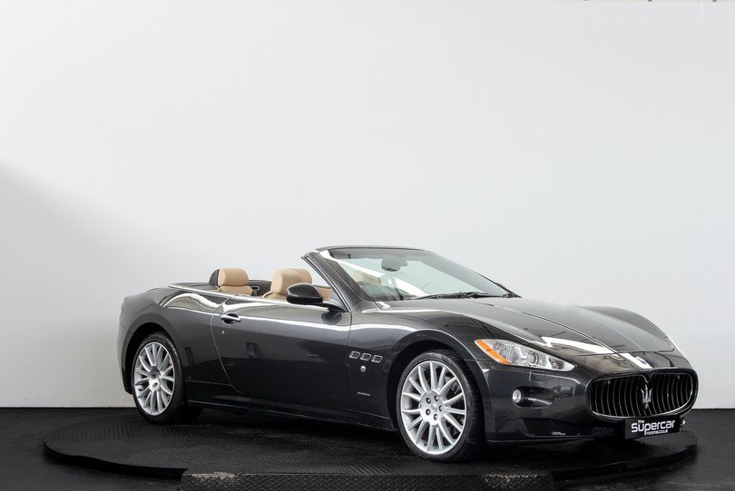 2010 Maserati GranCabrio - 20K Miles - BOSE - Skyhook For Sale (picture 2 of 6)