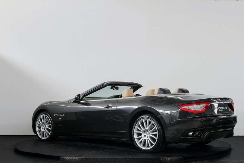 2010 Maserati GranCabrio - 20K Miles - BOSE - Skyhook For Sale (picture 4 of 6)