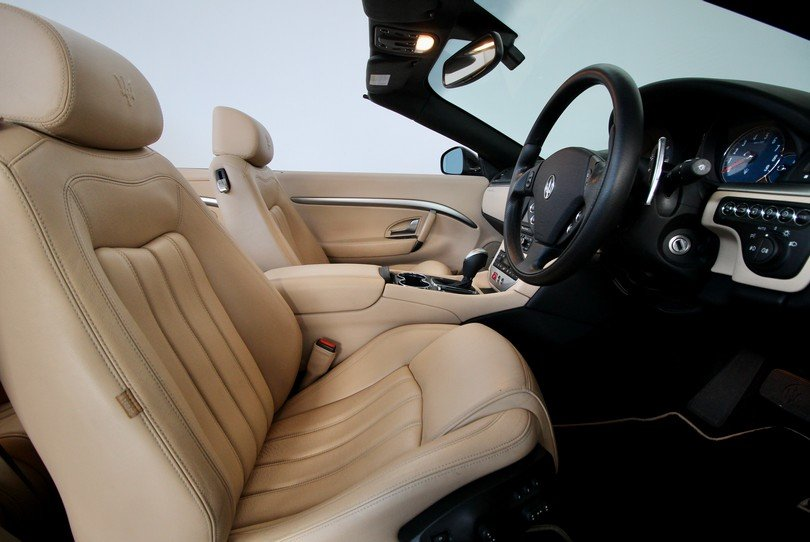 2010 Maserati GranCabrio - 20K Miles - BOSE - Skyhook For Sale (picture 6 of 6)