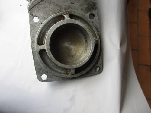 Front engine cover on the sump Maserati 3500  SOLD (picture 6 of 6)