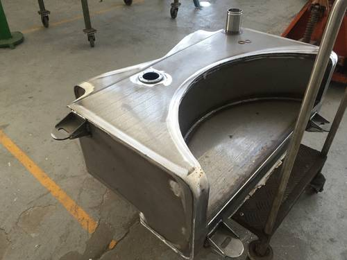 New fuel tank Maserati 3500 For Sale (picture 2 of 3)