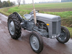 1950 tractor in top condition ferguson delivery For Sale