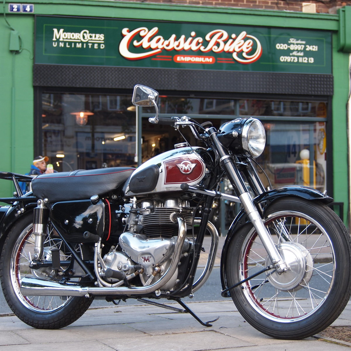 1956 G9 500cc Twin. Great Condition. RESERVED FOR GEOFF. SOLD (picture 1 of 6)