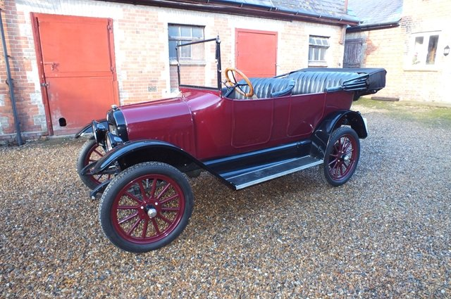 1917 An attractive Maxwell four/five seat touring car For Sale (picture 2 of 8)