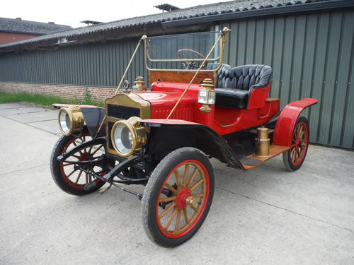 Lovely 1910 Maxwell looking forward to new caretaker... For Sale (picture 1 of 6)