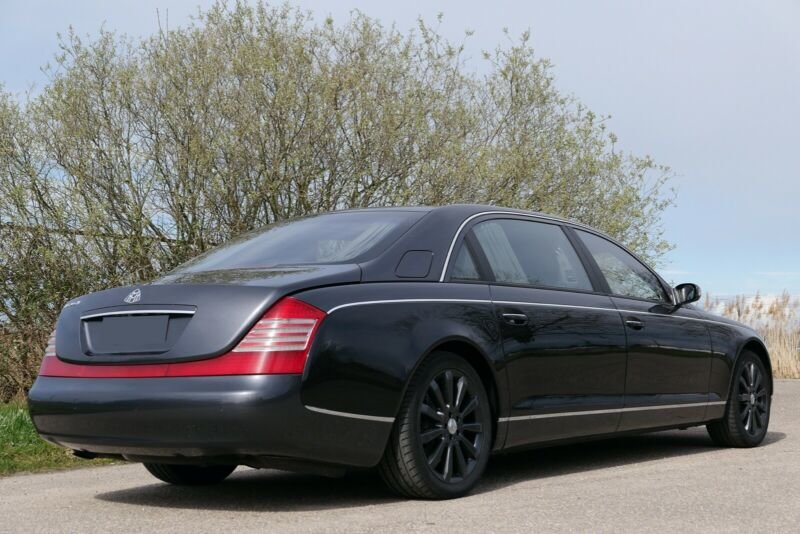2005 Maybach 62 V12 mit Trennwand For Sale (picture 3 of 6)