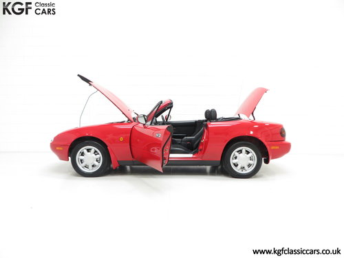 1996 Probably the Best UK Mk1 Mazda MX5 1.8i with 20,342 Miles SOLD (picture 3 of 6)