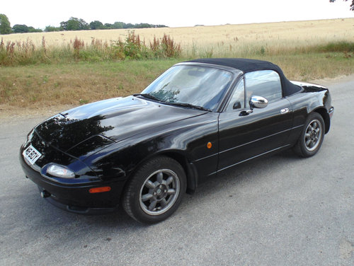 1992 Mazda MX5 Mk1 Eunos SOLD (picture 1 of 6)