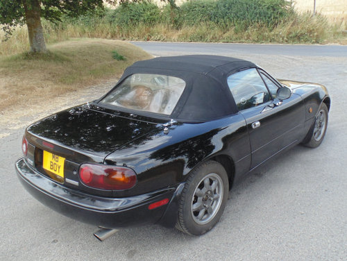 1992 Mazda MX5 Mk1 Eunos SOLD (picture 3 of 6)