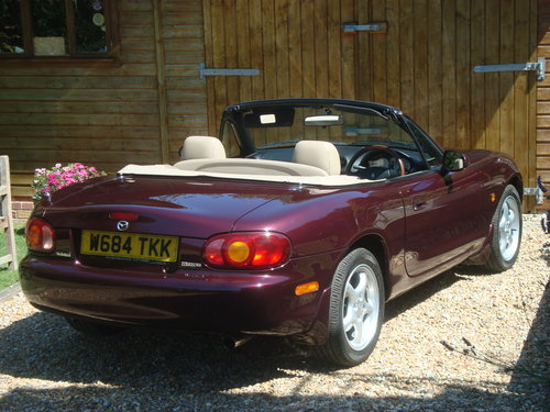 2000 Mazda MX5 1.8i Icon  41000 miles from new For Sale (picture 3 of 6)