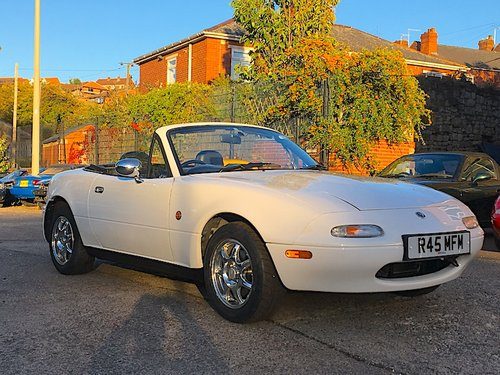 1997 Mazda Eunos Mk1 1.8 SR-Limited SOLD (picture 1 of 6)