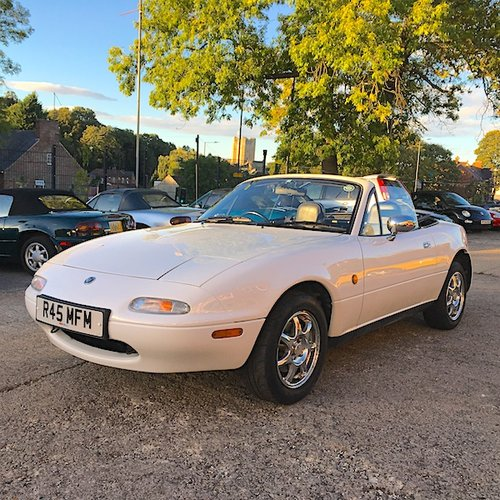 1997 Mazda Eunos Mk1 1.8 SR-Limited SOLD (picture 2 of 6)