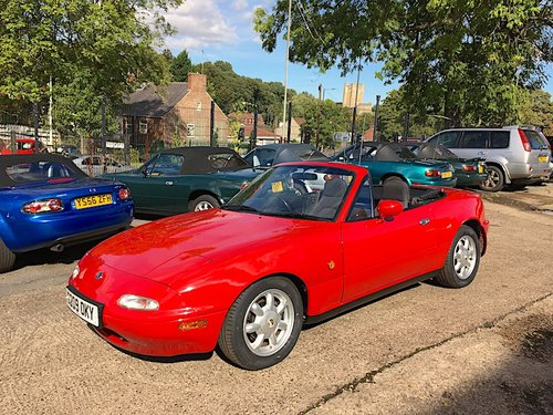 1990 Mazda Eunos Mk1 1.6 SOLD (picture 1 of 6)