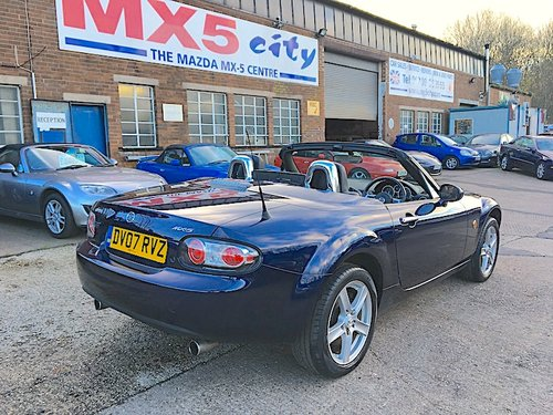 2007 Mazda MX-5 Mk3 1.8 RHT Roadster Coupé in Stormy Blue SOLD (picture 5 of 6)