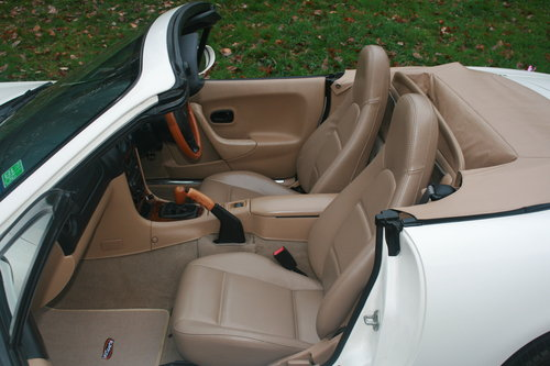 1998 Mazda Roadster 1.8i 6 Speed.. Rare VS Spec.. Immaculate SOLD (picture 2 of 4)