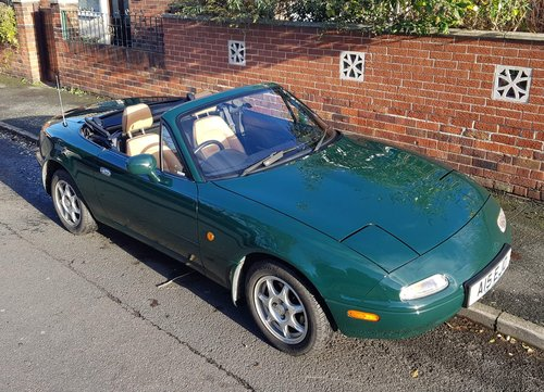 1996 1 lady owner Mazda MX5 1.8 iS only 27k miles.  SOLD (picture 1 of 6)