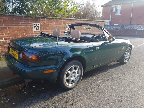 1996 1 lady owner Mazda MX5 1.8 iS only 27k miles.  SOLD (picture 2 of 6)