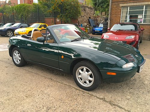 1992 Eunos Mk1 1.6 V-Spec Automatic in Neo Green For Sale (picture 1 of 6)