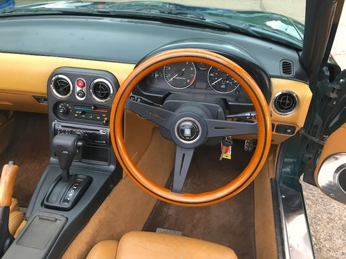 1992 Eunos Mk1 1.6 V-Spec Automatic in Neo Green For Sale (picture 6 of 6)
