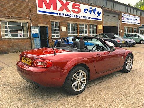 2009 Mazda MX-5 Mk3.5 2.0 in Copper Red For Sale (picture 3 of 6)
