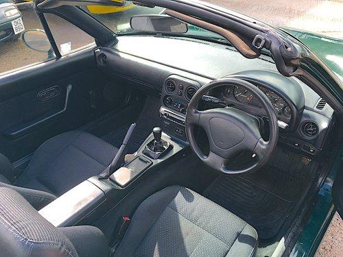 1997 Mazda MX-5 Mk1 1.6 Monaco in Neo Green For Sale (picture 6 of 6)