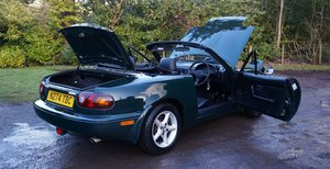 **VERY CLEAN MUST SEE** 1996 MAZDA MX5 ROADSTER 1 For Sale