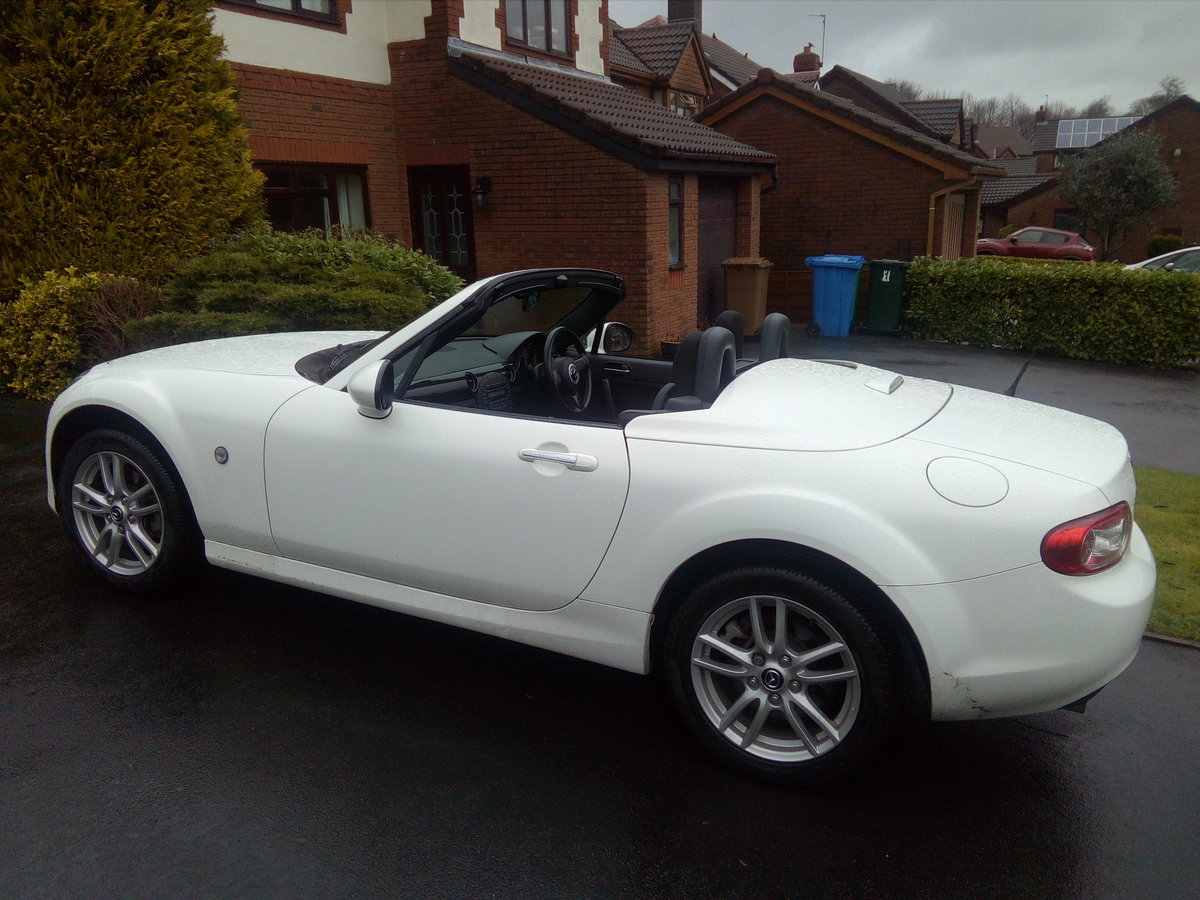 2013 MX-5 Roadster Coupe 1.8SE SOLD (picture 5 of 6)