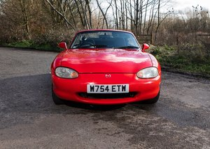2000 Mazda MX-5 SOLD by Auction