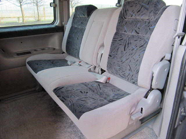 2003 MAZDA BONGO 2.0 AERO FRIENDEE AUTOMATIC * 8 SEATER CAMPER For Sale (picture 4 of 6)
