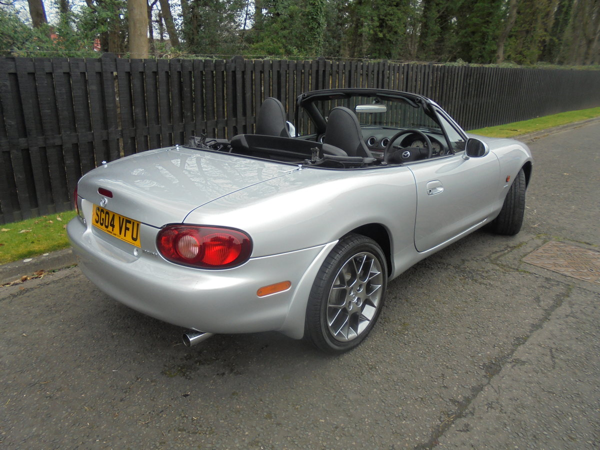 2004 04 MAZDA MX5 1.8 EUPHONIC One Owner 840 Miles Since New For Sale (picture 5 of 6)