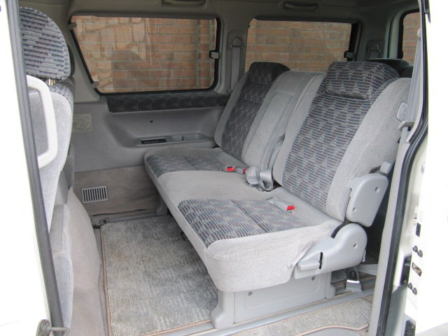2000 MAZDA BONGO FRIENDEE 2.5 AUTOMATIC * 8 SEATER CAMPER VAN *  For Sale (picture 4 of 6)