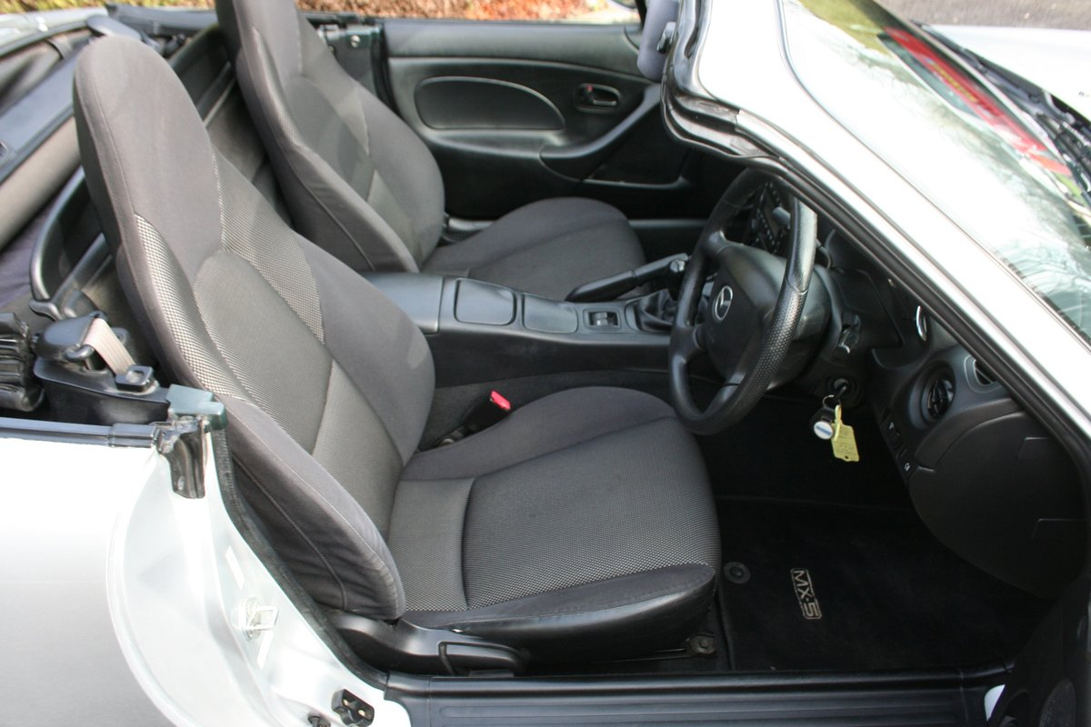 Mazda MX-5 1.8i - Superb Throughout SOLD (picture 3 of 6)