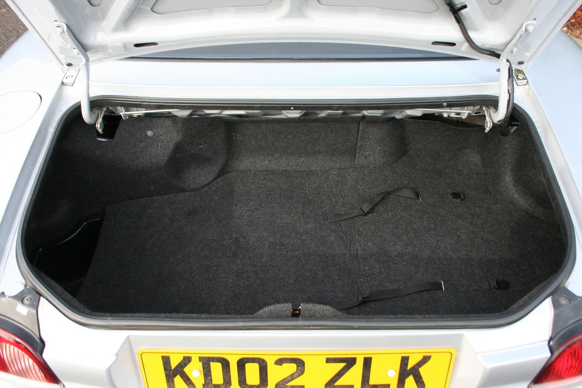 Mazda MX-5 1.8i - Superb Throughout SOLD (picture 4 of 6)