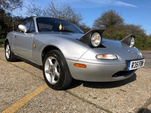 1998 Mazda MX-5 MK1. 1.8. Mercury Silver. FSH For Sale